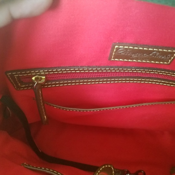 Dooney & Bourke Handbags - Purse